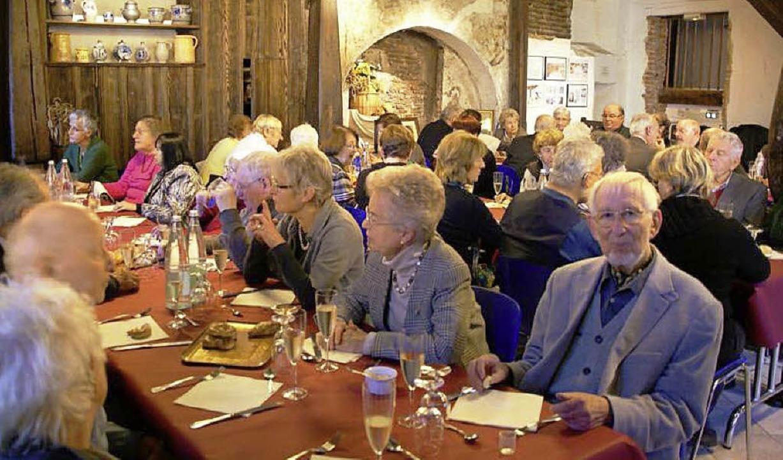 Mittagessen in der Zunftstube der Maison du Pain in Sélestat  | Foto: Verein