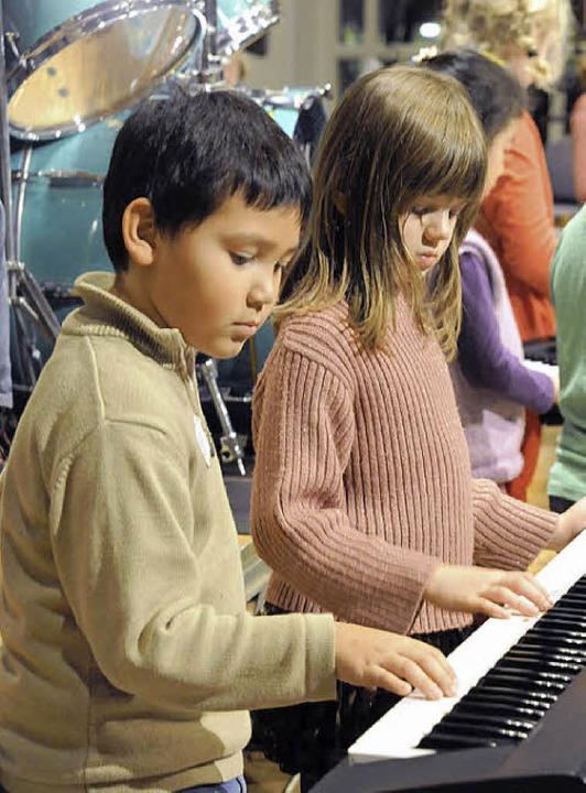 Zusammen musizieren verlangt ganz schön Konzentration  | Foto: Markus Zimmermann, Markus Zimmermann