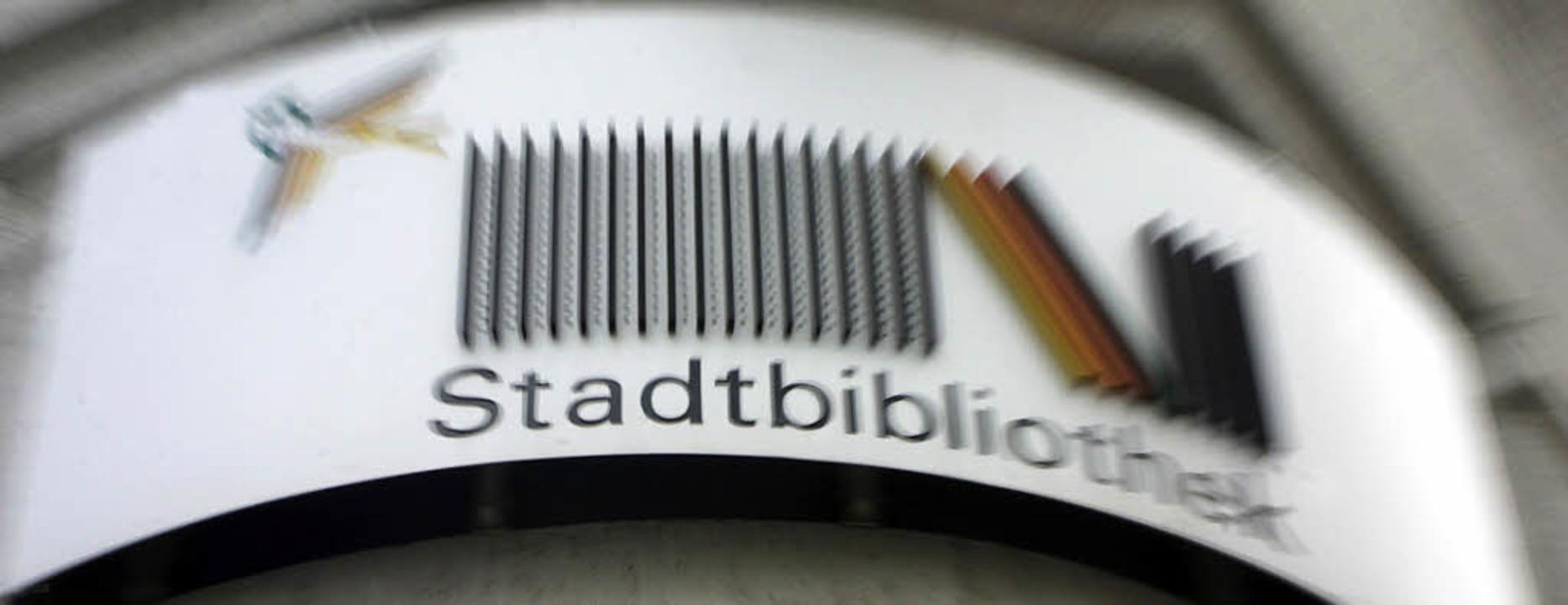 Die Stadtbibliothek – eine bewährte Marke für Lörrach.      Foto: Henning