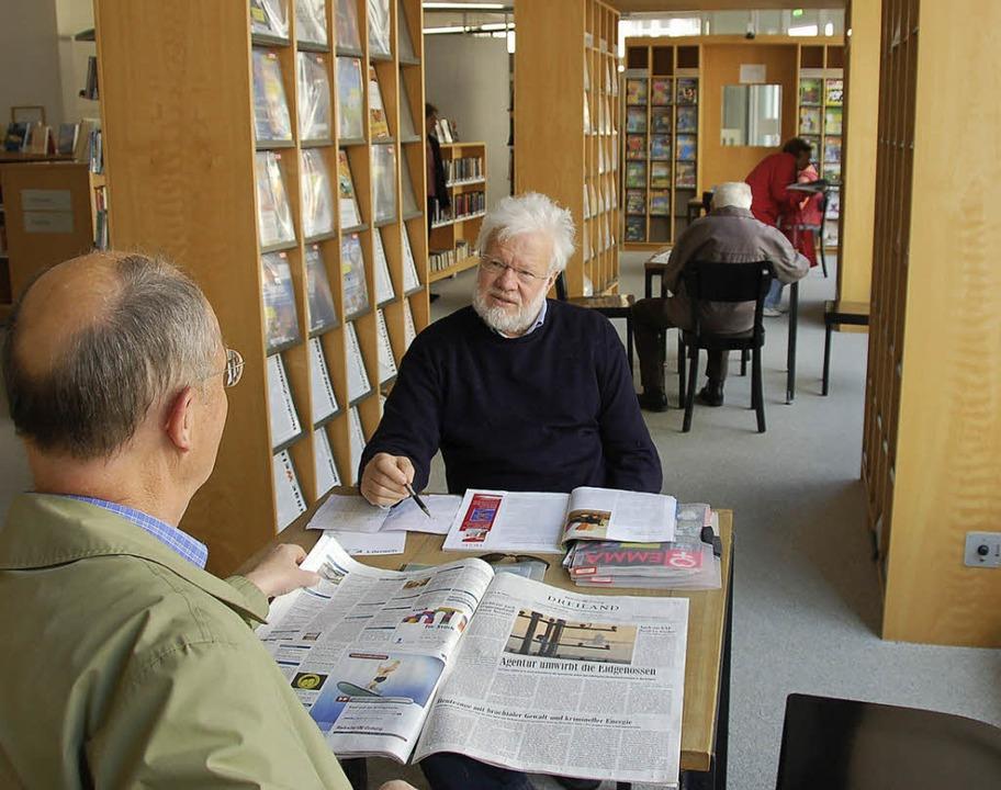 Die Bibliothek als nichtkommerzieller ... ein Anliegen von Florian Nantscheff.     Foto: nikolaus Trenz