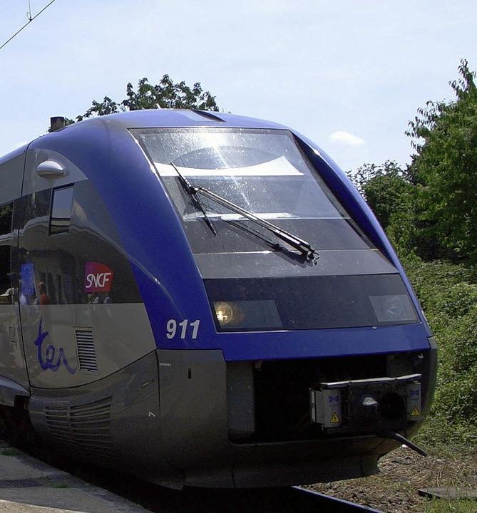 Bald wieder zwischen Freiburg und Mulhouse unterwegs: der Regionalzug der SNCF.   | Foto: umiger