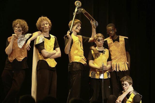 Tolles Schultheater: Flapsige Sprüche und schrille Typen