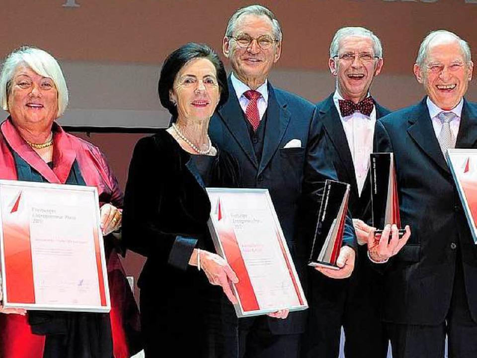 Antoinette Klute-Wetterauer, Waltraud ...lmann und Heinz Zahoransky (von links)    Foto: Thomas Kunz