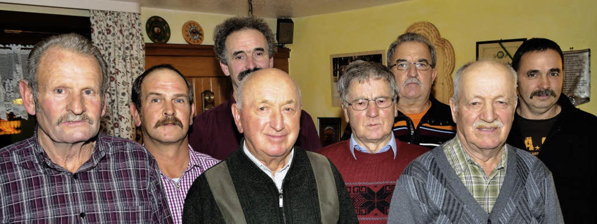 Drei neue Ehrenmitglieder und 50 Jahre...dolf Scherer und Peter Schwab geehrt.   | Foto: Markus Straub