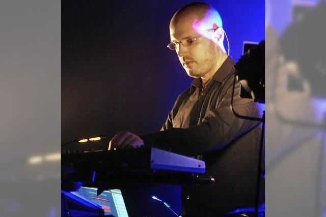 Elektromusiker Schiller in der Rothaus-Arena