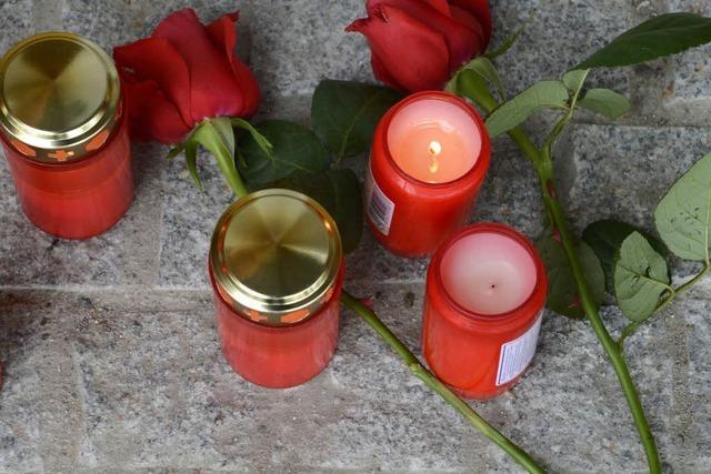 Gedenkminute für die Opfer von Titisee-Neustadt vor dem SC-Spiel