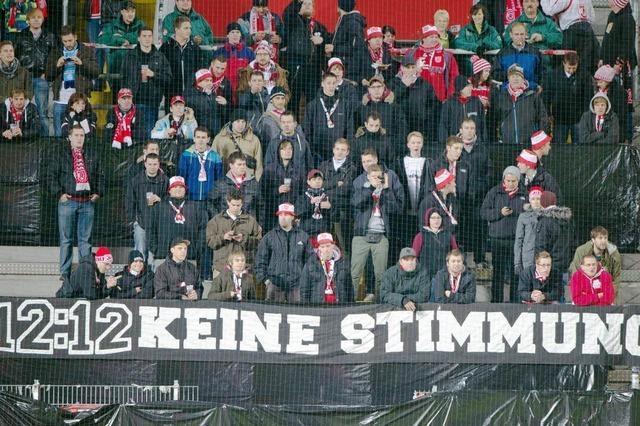Strafraum Stadion: Hat die Liga ein Gewaltproblem?