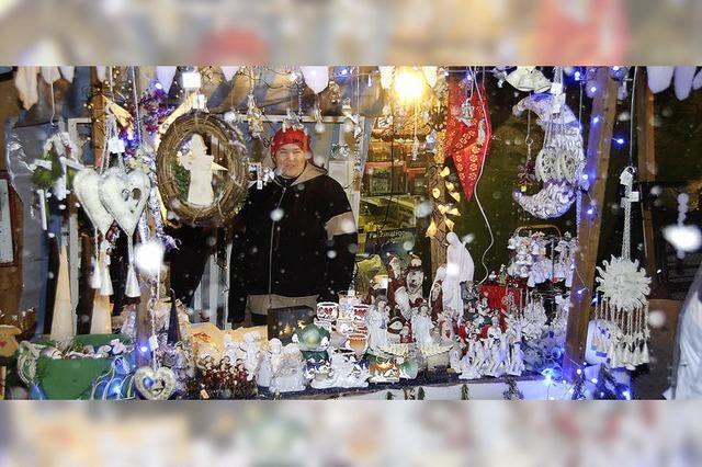 Bähnle fährt am Weihnachtsmarkt
