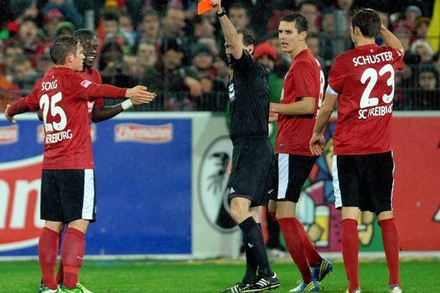 Zwei Pfiffe und zwei Tore: SC Freiburg unterliegt dem FC Bayern