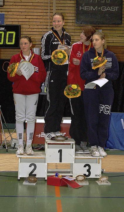 Anna Hornischer (Zweite von links)  ist Deutsche Junioren-Meisterin.  | Foto: Christian Ringwald