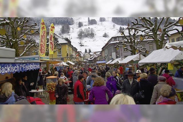 Gedränge auf dem Weihnachtsmarkt