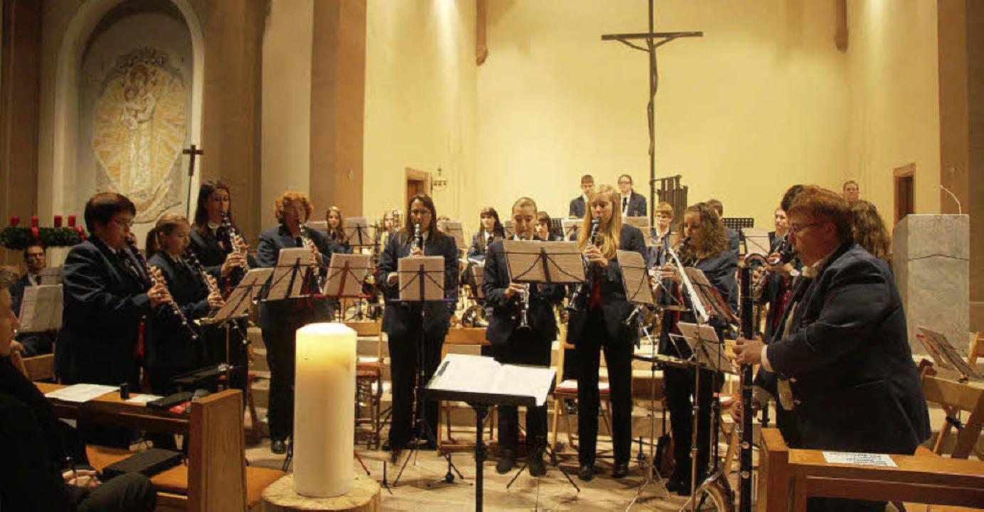 Die Kirche gab den besonderen Rahmen für das Konzert.   | Foto: sandra decoux-kone