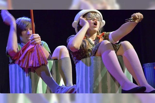 """""""Pünktchen und Anton"""": Junges Theater zeigt tragisch-schönes Adventsstück"""
