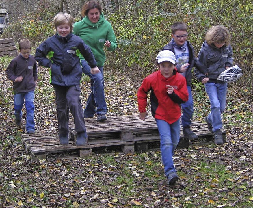 Ein Detektivspiel und das Kinderkino l...auf des Nachmittags fast 70 Kinder an.  | Foto: ZVG
