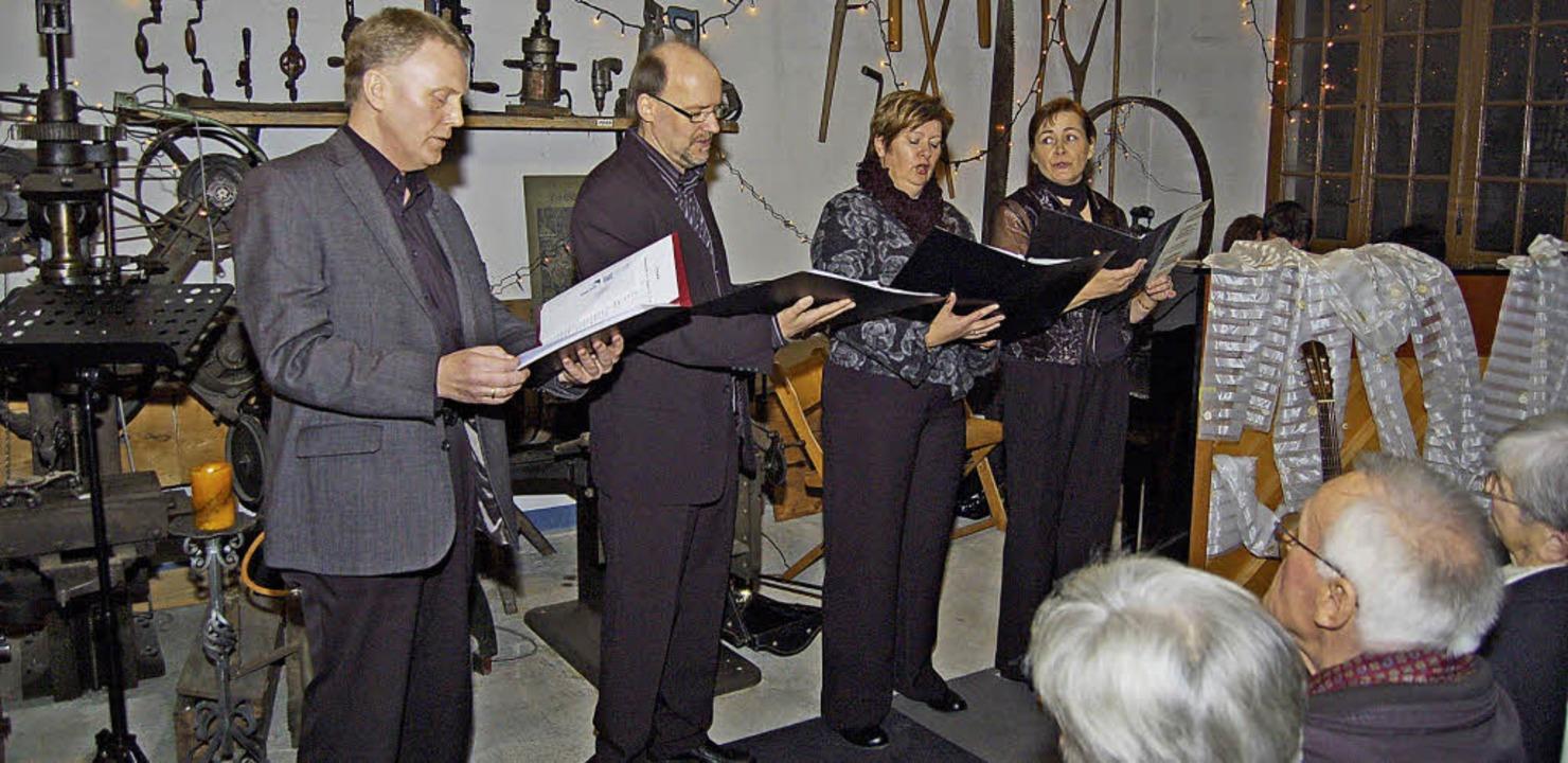 Rudi Hauger (Bariton, von links), Eckh...onzert in der Nollinger Dorfschmiede.     Foto: Heinz Vollmar