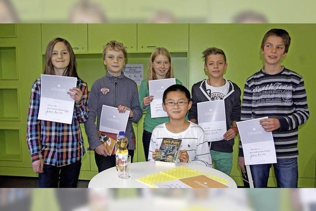 Sechs Leseratten und ein Schulsieger