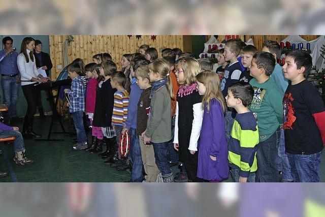 Weihnachtsmarkt zu Gunsten der Schule