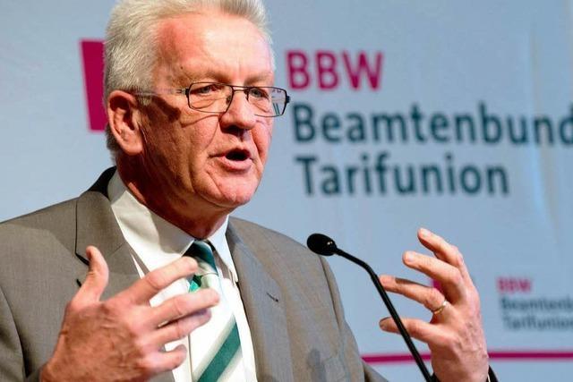 Rede beim Beamtenbund: Kretschmann verteidigt Sparkurs