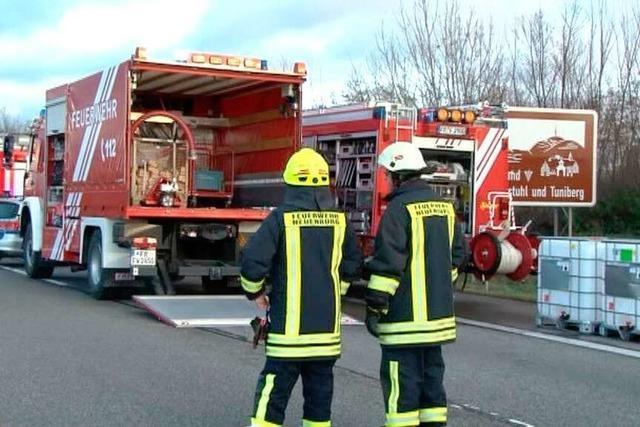 Zwei Unfälle bei Hartheim: Lkw-Fahrer stirbt