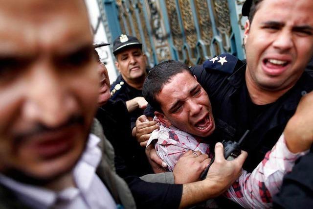 Tote bei Krawallen in Kairo – Panzer vor Präsidentenpalast