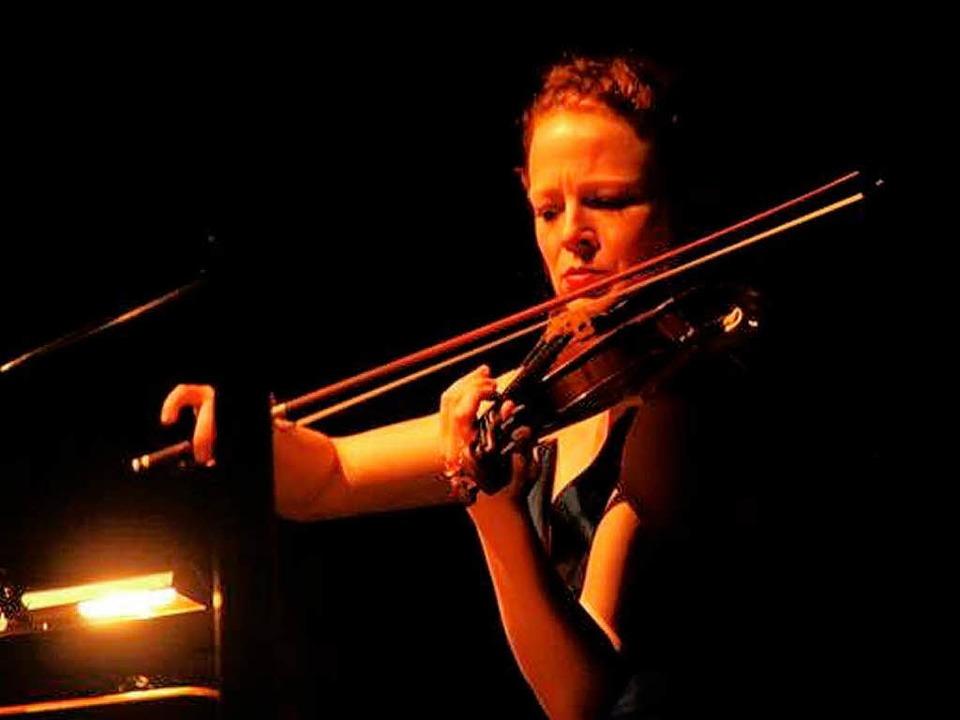 Ist das SWR-Sinfonieorchester – ...r 2011 – von Dunkelheit umhüllt?  | Foto: Benedikt Glockner