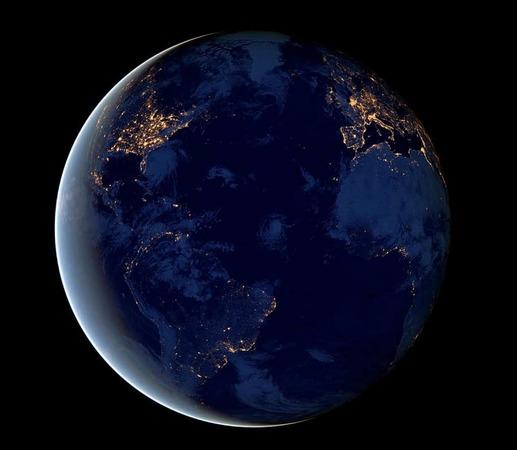 Fotos Bei Space Hall: Fotos: Satellit Macht Fotos Der Erde Bei Nacht