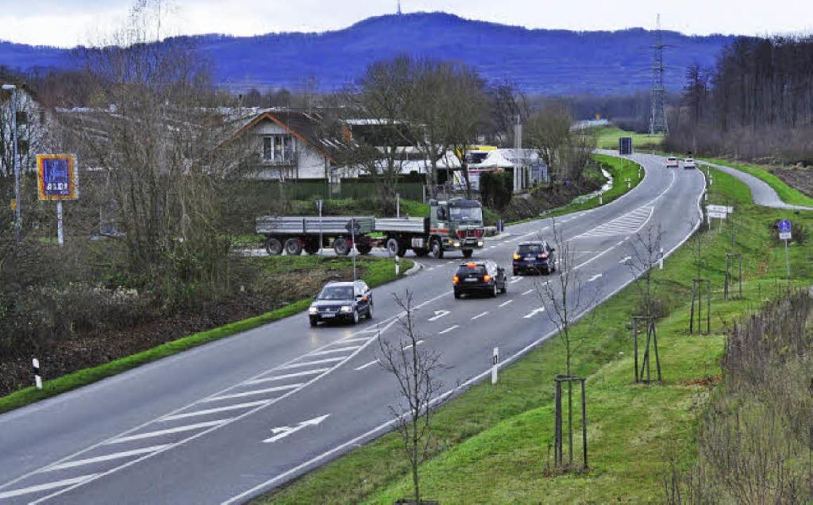 Umkirch hätte hier, an der B 31 a, ger...h das Landratsamt hat dies abgelehnt.   | Foto: julius steckmeister