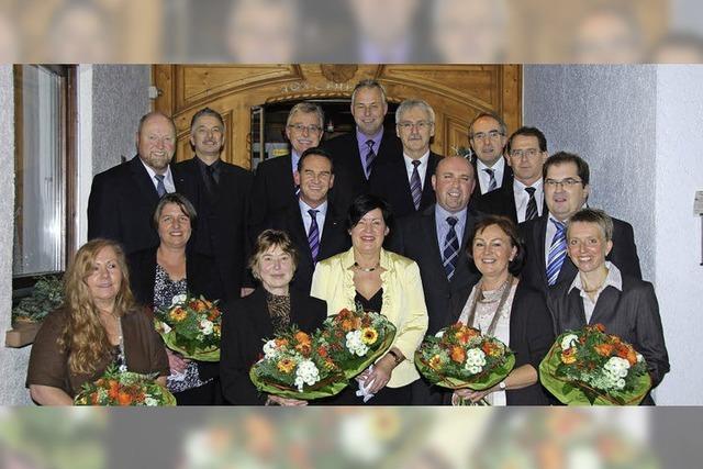 Volksbank ehrt treue Mitarbeiter