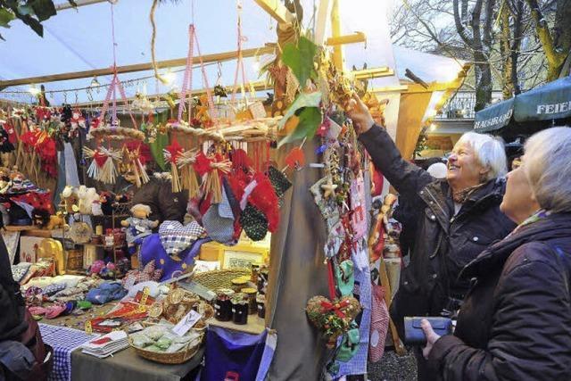 Adventsmarkt im Feierling-Garten
