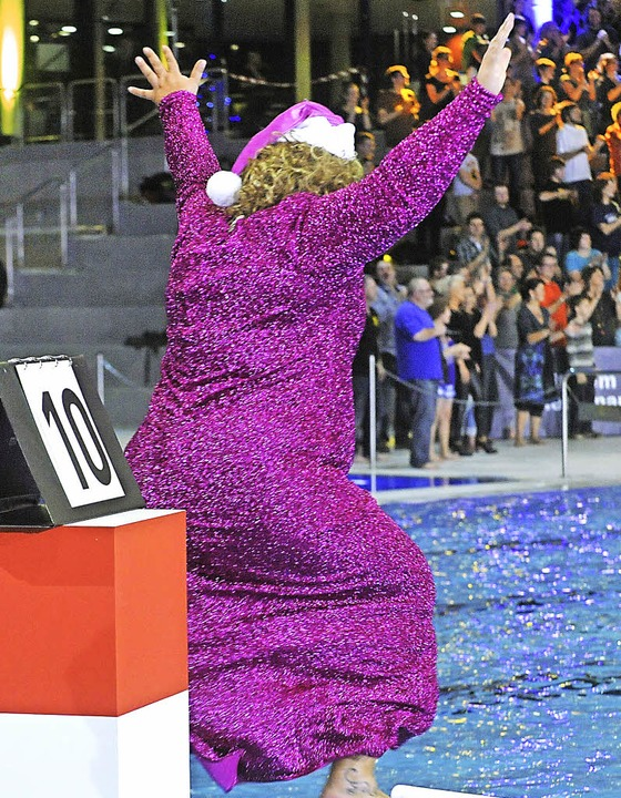 Wette gewonnen – Cindy aus Marzahn hüpft vor Freude<ppp></ppp>  | Foto: Michael Bamberger