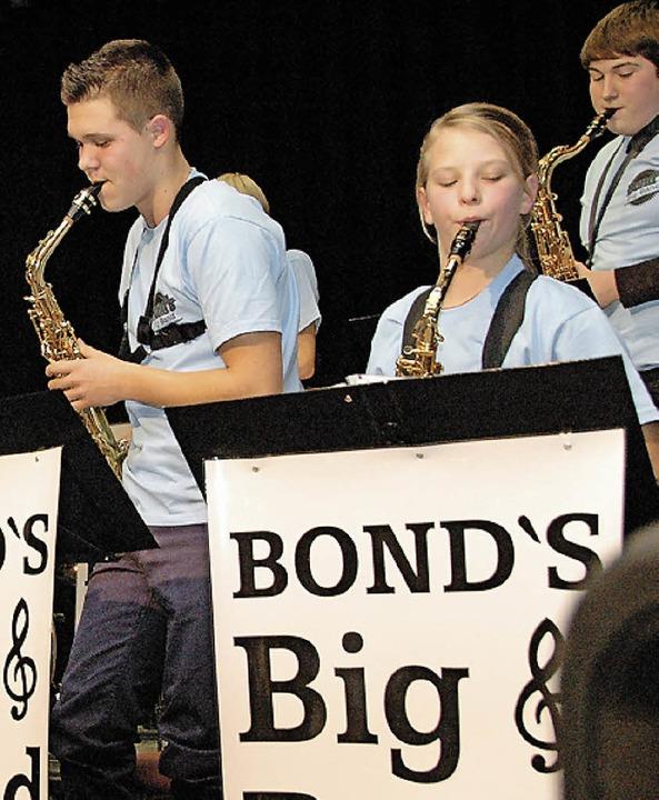 Guter Sound: Musiker von Bond's Bigband     Foto: Ounas-Kräusel