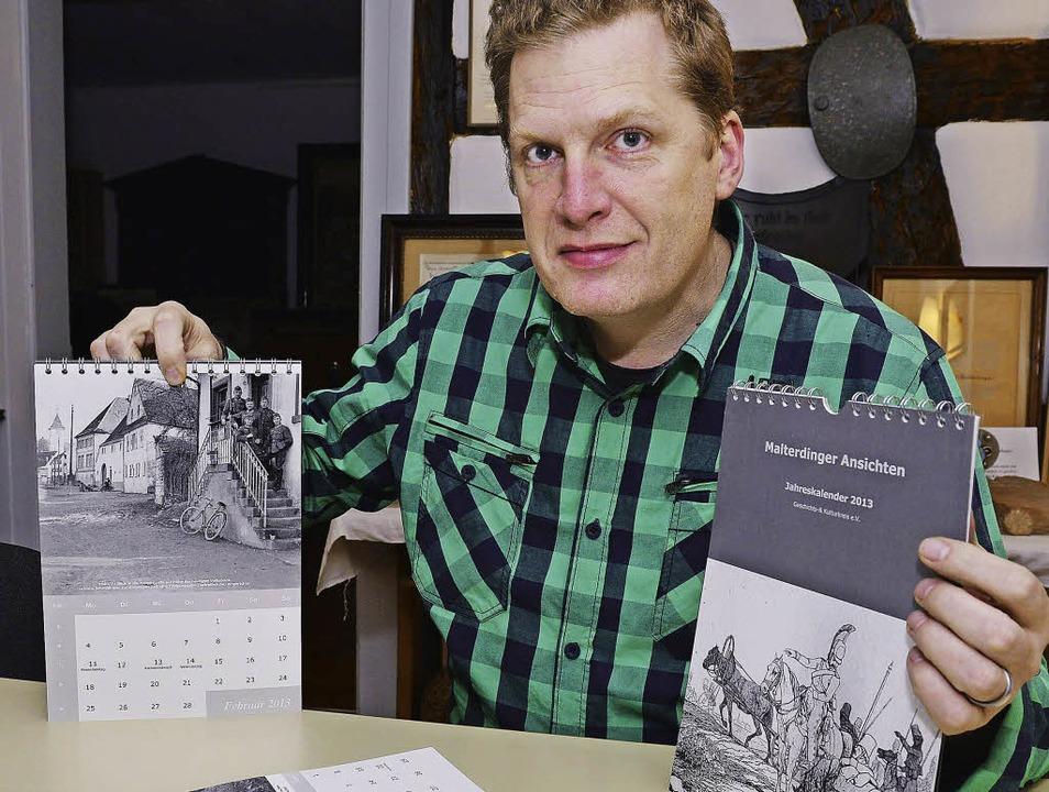 Rüdiger Keller, Vorsitzender des Gesch...en neuen Malterdinger Jahreskalender.     Foto: Dieter Erggelet