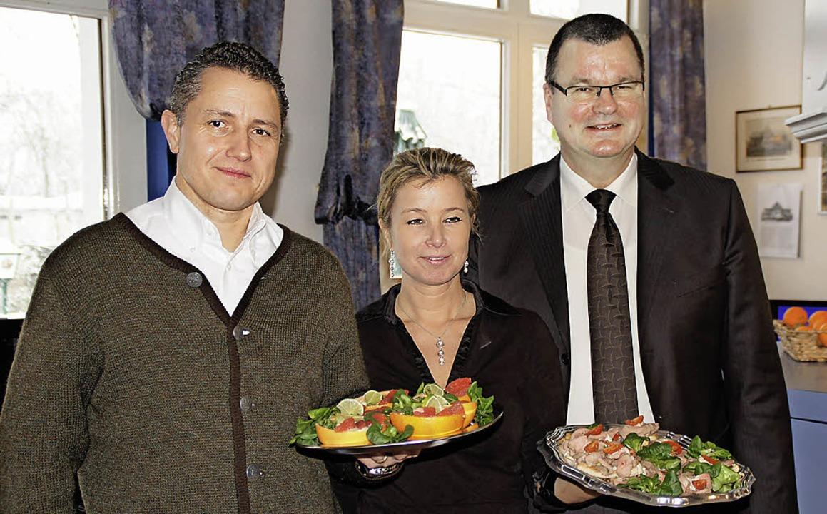 Neues Team auf der Mühleinsel: Christi...   gratulierte zur Geschäftseröffnung.  | Foto: Hüge