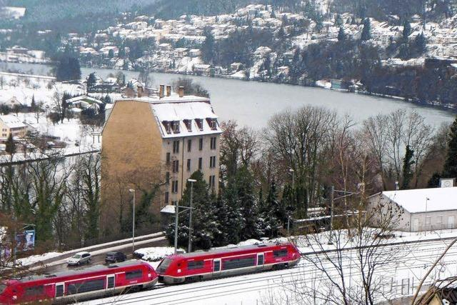 Neue Runde ums Rheinschloss