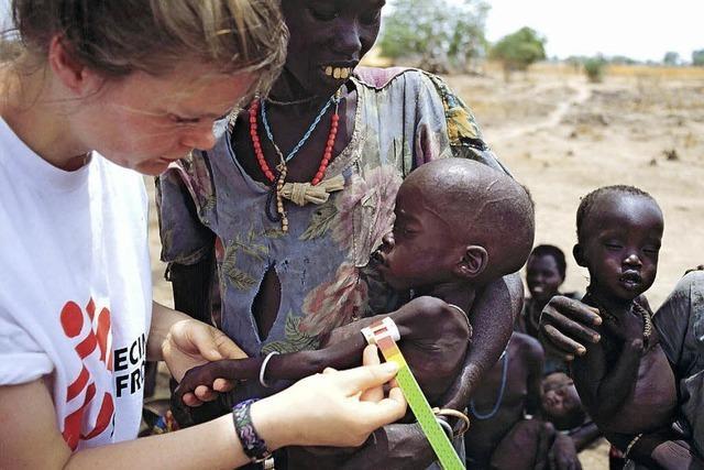 Krankenpfleger übernimmt weltweit Verantwortung