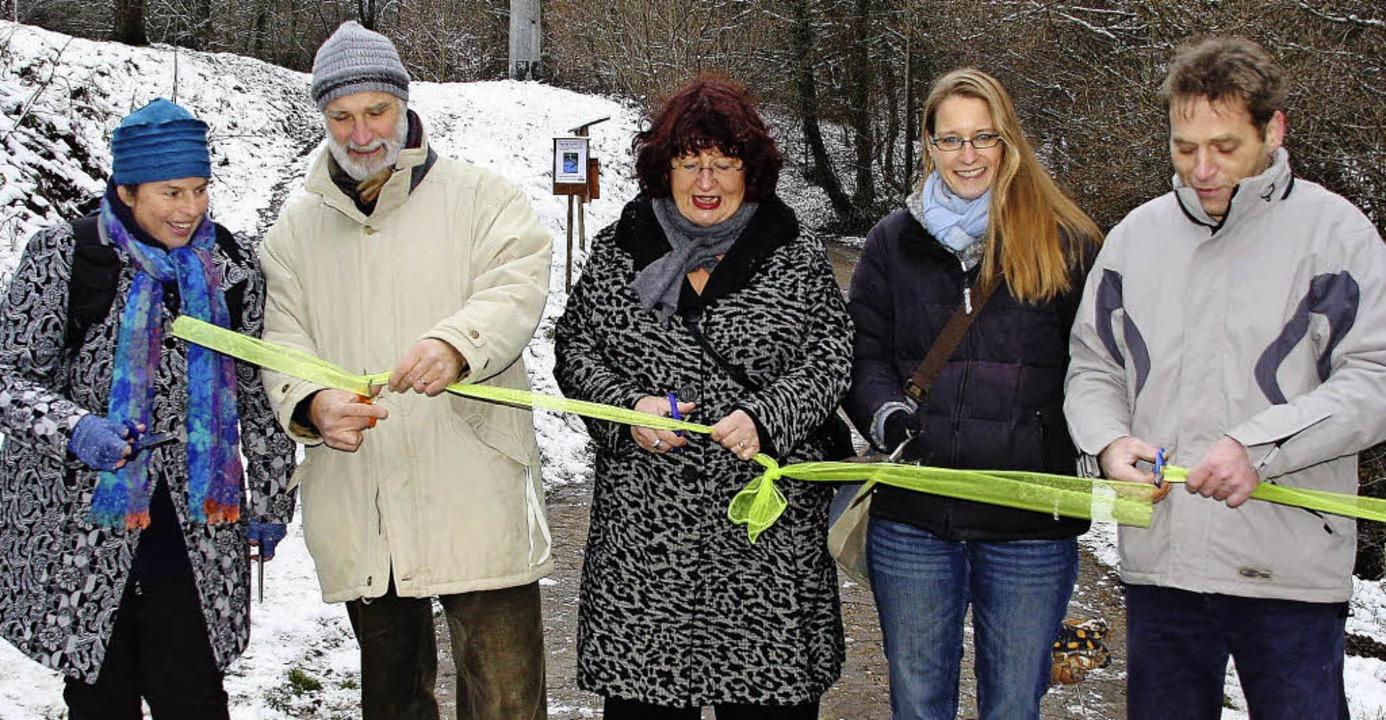 Sie eröffneten den Naturinfopfad (von ... und Klaus Donner von der Initiative.   | Foto: Silvia Faller