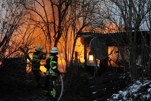 Wohnwagen in St. Georgen brennt