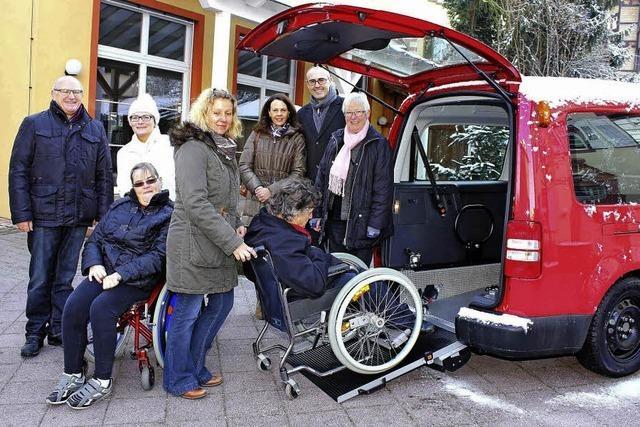 Neues Auto für Rollstuhlfahrer