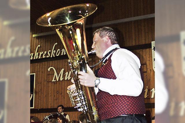 Jahreskonzert des Musikvereins Ewattingen berührt die Herzen der Zuhörer