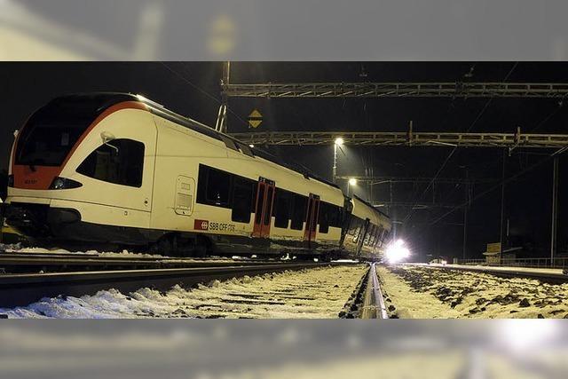 Folgenschwere Kollision: Zug entgleist bei Lenzburg