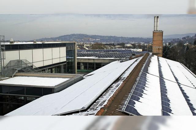 Erste Solaranlage des Bürgerkraftwerks Kenzingen Regenerativ ist installiert