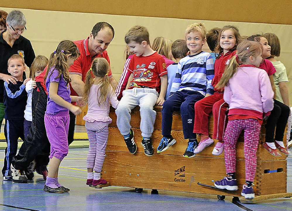 Einen Einblick in ihren Sport gaben di...es TV Rheinfelden Eltern und Freunden.  | Foto: Martina Proprenter