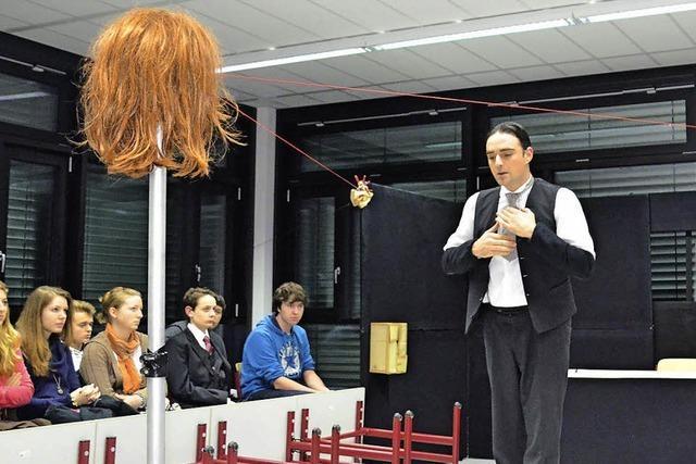 Kafka besucht Gymnasium