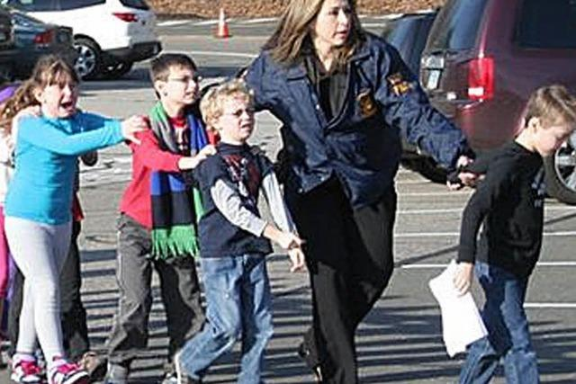 Amokläufer drang mit Gewalt in US-Grundschule ein