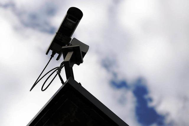 Innenminister verlangt Ausweitung der Kamerakontrolle