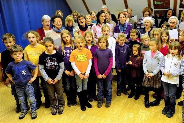 Freiburger singen im Advent: Gemeinsam singen rockt