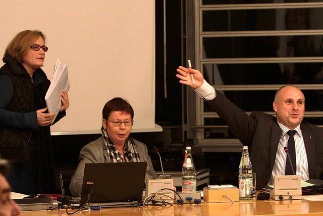 OB vertagt Entscheidung über Schulverkauf in Emmendingen