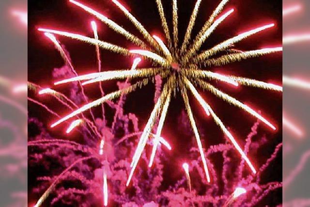 Feuerwerk in Basel und Rheinfelden