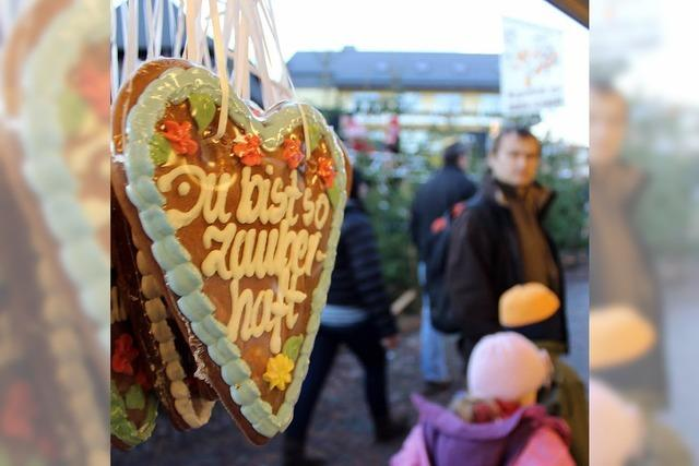 Wintermarkt in Schluchsee: Märchenhafte Stimmung