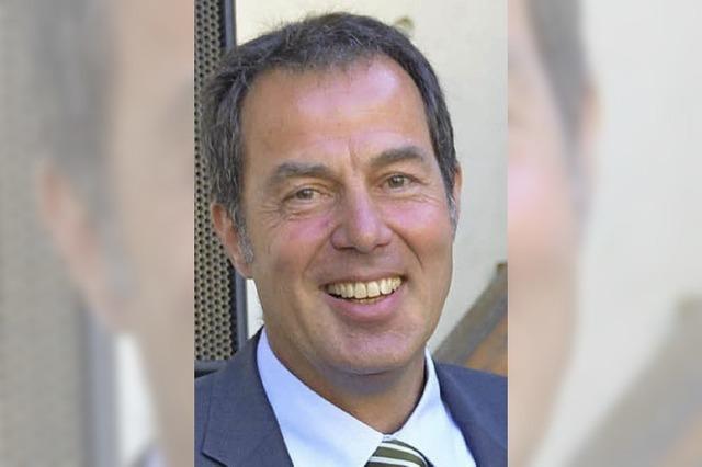 Binzen verabschiedet Ulrich May: Große Fußstapfen auf einem bestellten Feld